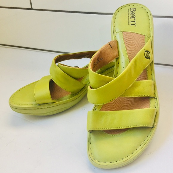 Born Lime Green Womens Size M Sandals